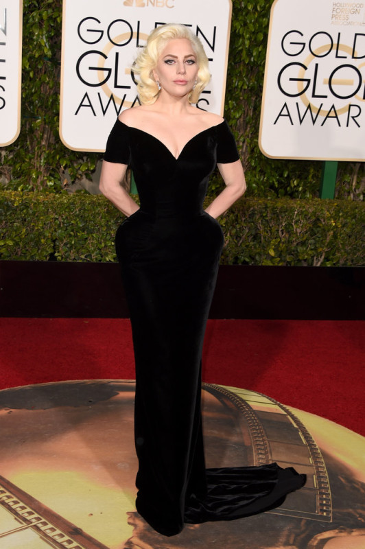 Lady-Gaga-Gown-Golden-Globes-2016