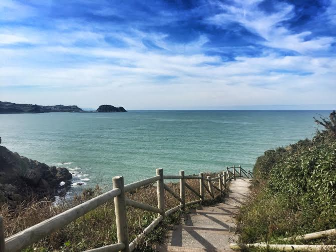 Take a walk on the basque side zarautz sisters and the for Puertas zarautz
