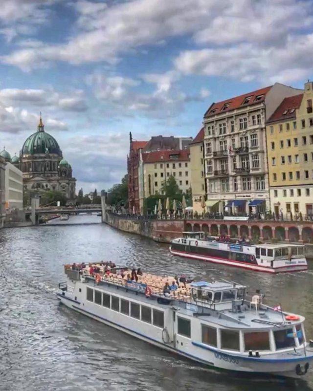 Ich bin auch eine Berlinerin    Berlin Deutschlandhellip