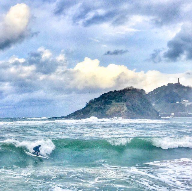 Surfear es bailar con las olas donostia sansebastian donosti basquecountryhellip