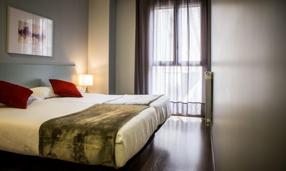 Welcome gros un nuevo alojamiento en la city sisters and for Hoteles con habitaciones familiares en san sebastian