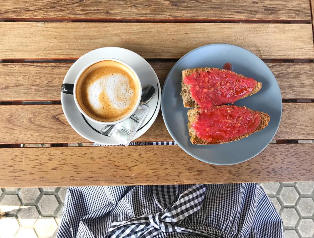 sistersandthecity-breakfast-in-the-city-52