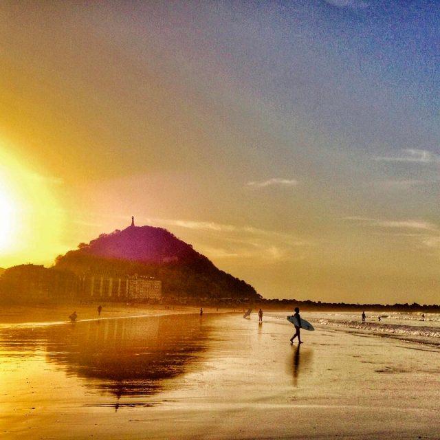 ltima caricia de sol  en la playa de lahellip
