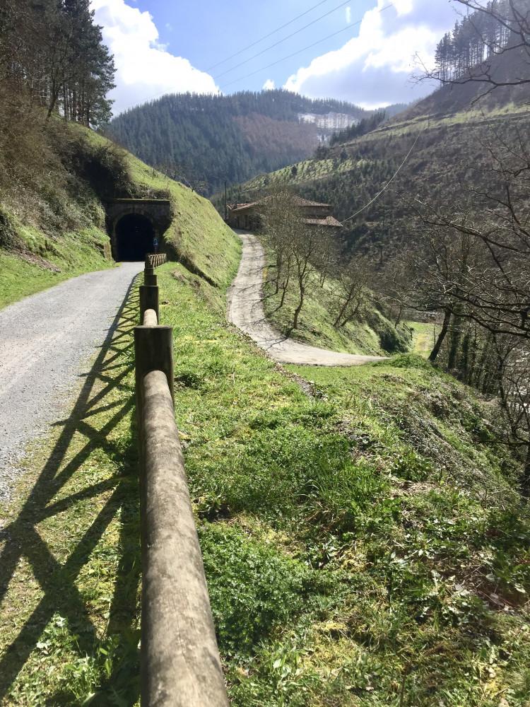 sistersandthecity-vias-verdes-127km-bici-49