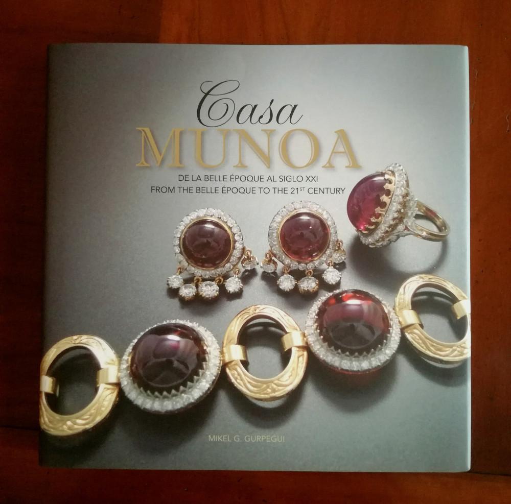 29d8278d627d la historia de San Sebastián y las joyas. Claudio Munoa hace un homenaje a  sus antecesores.