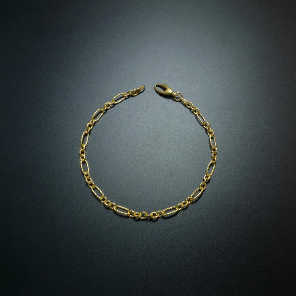 21d77aa25ad0 Collar con cadena en oro amarillo 18k